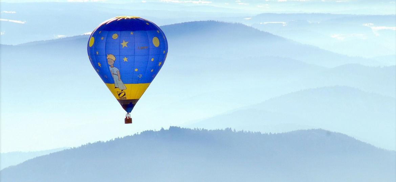 hot-air-balloon-590132_1280